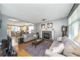 """Photo 3: 24311 102 Avenue in Maple Ridge: Albion House for sale in """"Country Lane"""" : MLS®# R2335521"""