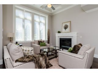 """Photo 2: 1360 MAPLE Street: White Rock House for sale in """"White Rock"""" (South Surrey White Rock)  : MLS®# F1443676"""