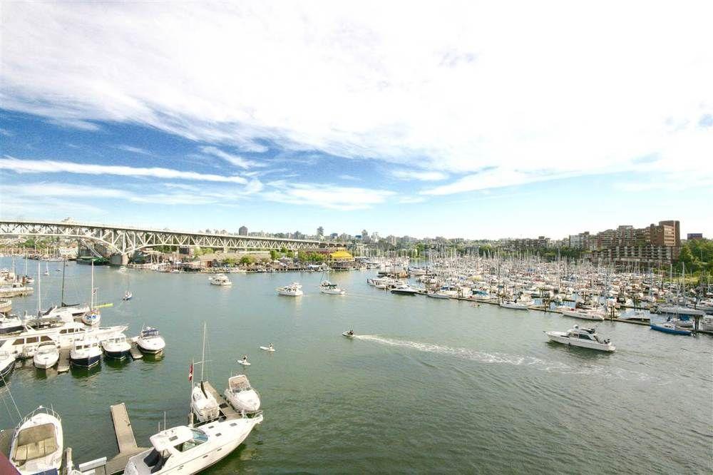 Main Photo: 501 1012 BEACH AVENUE in 1000 Beach: Home for sale : MLS®# R2129895