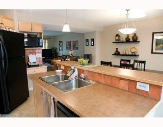 Photo 7: 2034 NEW BRIGHTON Gardens SE in CALGARY: New Brighton Residential Detached Single Family for sale (Calgary)  : MLS®# C3311397