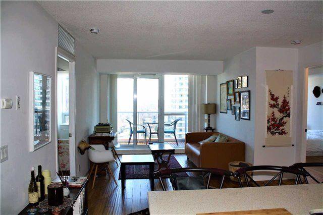 Main Photo: 3005 4968 Yonge Street in Toronto: Lansing-Westgate Condo for lease (Toronto C07)  : MLS®# C3770124