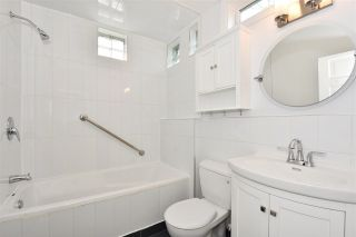 Photo 17: 2212 E 3RD Avenue in Vancouver: Grandview VE House for sale (Vancouver East)  : MLS®# R2291647