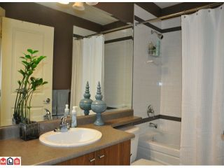 """Photo 7: 46 7155 189TH Street in Surrey: Clayton Townhouse for sale in """"Bacara"""" (Cloverdale)  : MLS®# F1123537"""