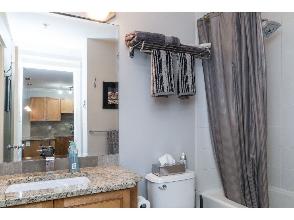 "Photo 11: Photos: 407 30525 CARDINAL Avenue in Abbotsford: Abbotsford West Condo for sale in ""Tamarind"" : MLS®# R2446195"