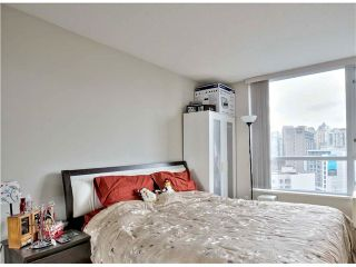 """Photo 13: 1001 1212 HOWE Street in Vancouver: Downtown VW Condo for sale in """"1212 HOWE"""" (Vancouver West)  : MLS®# V1055279"""