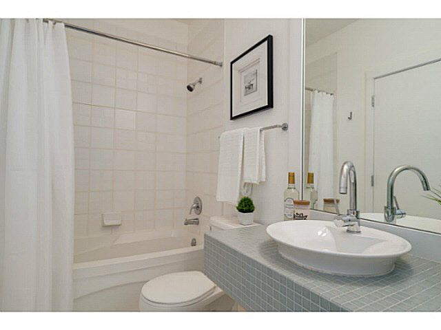 """Photo 10: Photos: 402 2635 PRINCE EDWARD Street in Vancouver: Mount Pleasant VE Condo for sale in """"SOMA"""" (Vancouver East)  : MLS®# V1123501"""