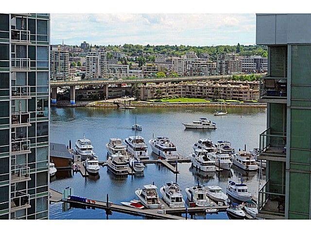 Main Photo: # 1608 193 AQUARIUS ME in Vancouver: Yaletown Condo for sale (Vancouver West)  : MLS®# V1013693