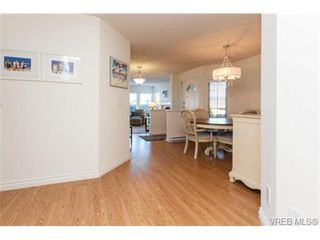 Photo 3: 503 6880 Wallace Dr in BRENTWOOD BAY: CS Brentwood Bay Row/Townhouse for sale (Central Saanich)  : MLS®# 686776