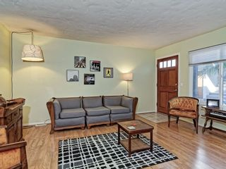 Photo 6: UNIVERSITY HEIGHTS Condo for sale : 2 bedrooms : 2230 MONROE AVE #1 in SAN DIEGO