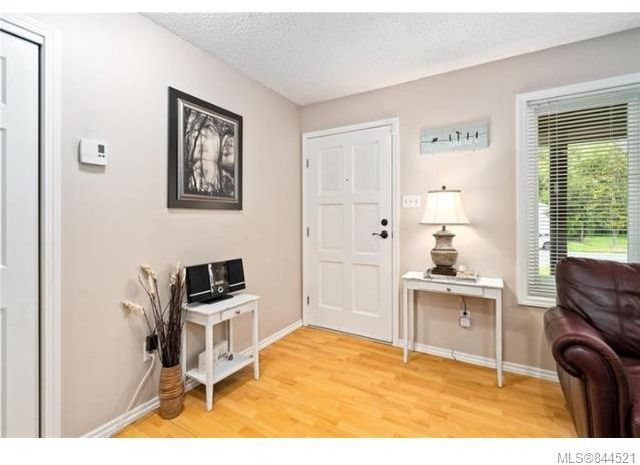 Photo 5: Photos: 6270 Hawkes Blvd in Duncan: Du West Duncan House for sale : MLS®# 844521