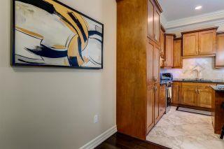 Photo 6: 1005 10142 111 Street in Edmonton: Zone 12 Condo for sale : MLS®# E4243410