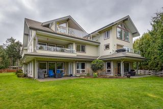 Photo 2: 11 1935 Capelin Pl in : CV Comox Peninsula Row/Townhouse for sale (Comox Valley)  : MLS®# 881615