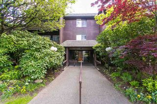 "Photo 19: 302 1720 W 12TH Avenue in Vancouver: Fairview VW Condo for sale in ""TWELVE PINES"" (Vancouver West)  : MLS®# R2079599"