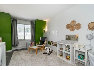 """Photo 18: 302 1720 SOUTHMERE Crescent in White Rock: Sunnyside Park Surrey Condo for sale in """"Capstan Way"""" (South Surrey White Rock)  : MLS®# R2602939"""