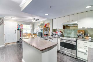 Photo 3: 27 188 Sixth Street in New Westminster: Uptown NW Townhouse for sale : MLS®# R2285604