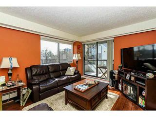 """Photo 6: 304 47 AGNES Street in New Westminster: Downtown NW Condo for sale in """"FRASER HOUSE"""" : MLS®# V1115941"""