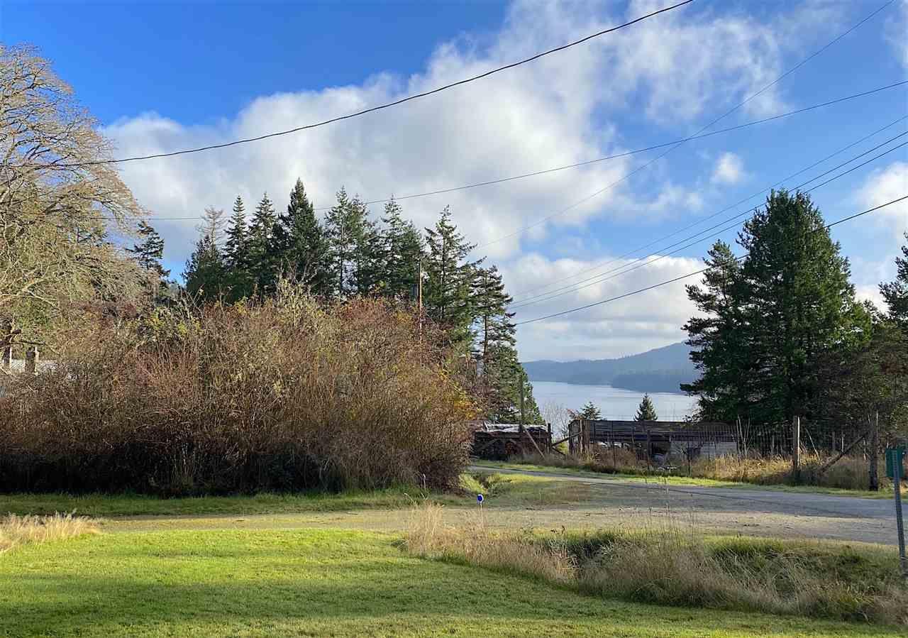 Main Photo: 60 SATER Way: Galiano Island House for sale (Islands-Van. & Gulf)  : MLS®# R2521765