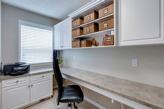 Photo 19: 63 Springbluff Boulevard SW in Calgary: Springbank Hill Detached for sale : MLS®# A1131940