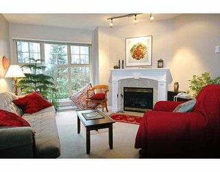 """Photo 2: 3 65 FOXWOOD DR in Port Moody: Heritage Mountain Townhouse for sale in """"FOREST HILL"""" : MLS®# V576719"""