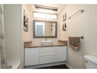 """Photo 22: 71 7790 KING GEORGE Boulevard in Surrey: East Newton Manufactured Home for sale in """"CRISPEN BAY"""" : MLS®# R2615871"""