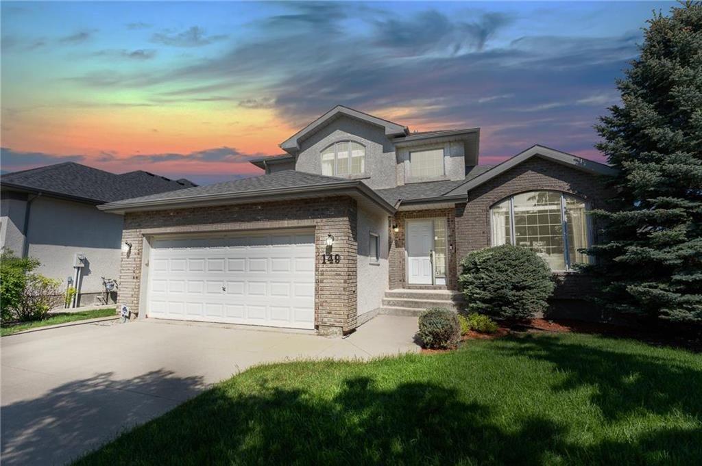 Main Photo: 149 Southbridge Drive in Winnipeg: Southdale Residential for sale (2H)  : MLS®# 202113556