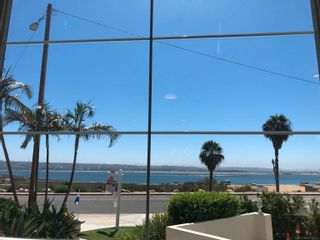 Photo 6: CROWN POINT Townhouse for sale : 3 bedrooms : 3822 Sequoia in San Diego