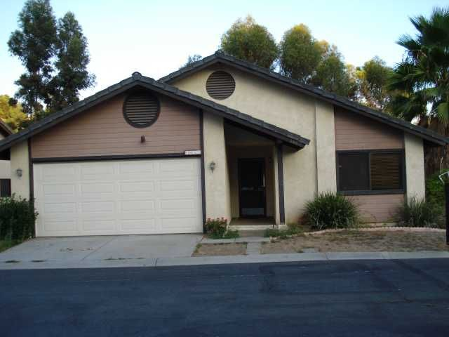 Main Photo: NORTH ESCONDIDO House for sale : 3 bedrooms : 1689 Madrone Glen in Escondido