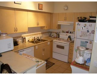 "Photo 3: 103 6659 SOUTHOAKS Crescent in Burnaby: Middlegate BS Condo for sale in ""GEMINI II"" (Burnaby South)  : MLS®# V690763"