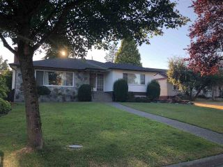 Photo 1: 6889 ASH Street in Vancouver: South Cambie House for sale (Vancouver West)  : MLS®# R2343549