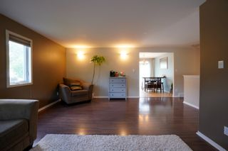 Photo 5: 19 Cadham Bay in Portage la Prairie: House for sale : MLS®# 202115588