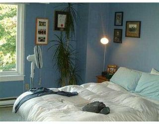 "Photo 7: 2393 OAK ST in Vancouver: Fairview VW Townhouse for sale in ""OAK PLACE"" (Vancouver West)  : MLS®# V557131"