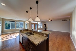 "Photo 6: 5005 BAY Road in Sechelt: Sechelt District House for sale in ""Davis Bay"" (Sunshine Coast)  : MLS®# R2217861"