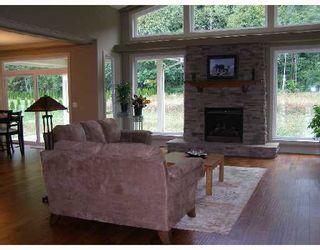 Photo 3: 5006 BAY Road in Sechelt: Sechelt District House for sale (Sunshine Coast)  : MLS®# V701252