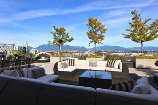 Photo 4: 601 256 E 2ND Avenue in Vancouver: Mount Pleasant VE Condo  (Vancouver East)  : MLS®# R2007525