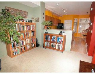 Photo 3: 30 50 PANORAMA Place in Port_Moody: Heritage Woods PM Townhouse for sale (Port Moody)  : MLS®# V697745