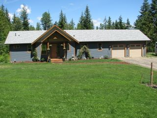 Photo 1: 1441 Taylor Rd: Sorrento House for sale (Shuswap)  : MLS®# 10208117
