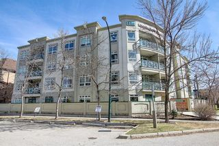 Photo 1: 202 2 14 Street NW in Calgary: Hillhurst Apartment for sale : MLS®# A1094685
