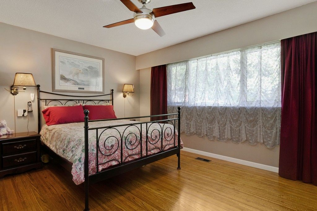 Photo 9: Photos: 4021 RUBY Avenue in North Vancouver: Edgemont House for sale : MLS®# V1116224