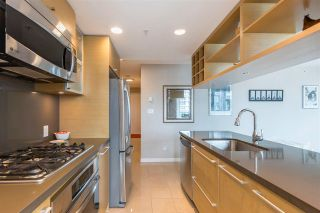 """Photo 10: 1206 833 SEYMOUR Street in Vancouver: Downtown VW Condo for sale in """"CAPITOL"""" (Vancouver West)  : MLS®# R2585861"""