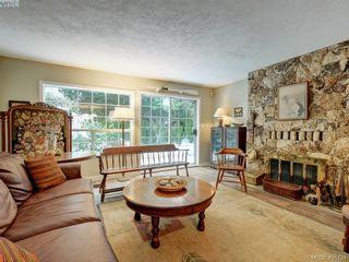 Photo 6: 1017 Scottswood Lane in VICTORIA: SE Broadmead House for sale (Saanich East)  : MLS®# 806228