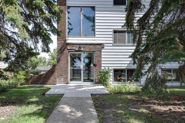 Main Photo: 10949 - 109 Street: Edmonton Condo for sale : MLS®# E4076525