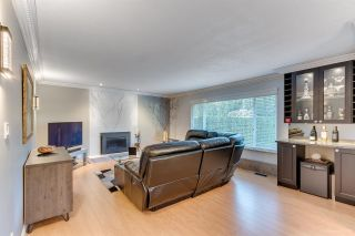 Photo 6: 1324 FOSTER Avenue in Coquitlam: Central Coquitlam House for sale : MLS®# R2568645