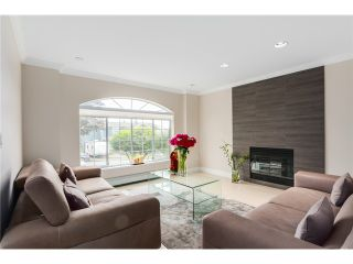 Photo 2: 3721 PANDORA ST in Burnaby: Vancouver Heights House for sale (Burnaby North)  : MLS®# V1084270