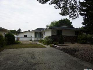 Photo 3: 596 Dalgliesh Drive in Regina: Walsh Acres Residential for sale : MLS®# SK867340