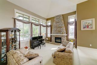 """Photo 2: 2 KINGSWOOD Court in Port Moody: Heritage Woods PM House for sale in """"The Estates by Parklane Homes"""" : MLS®# R2499314"""