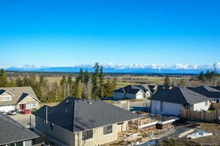 Photo 33: SL13 623 Crown Isle Blvd in : CV Crown Isle Row/Townhouse for sale (Comox Valley)  : MLS®# 866151