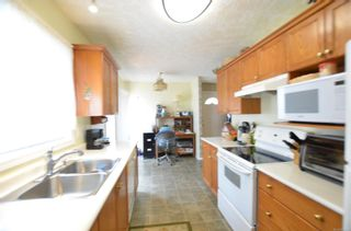 Photo 7: 84 Wolf Lane in : VR Glentana Manufactured Home for sale (View Royal)  : MLS®# 868741