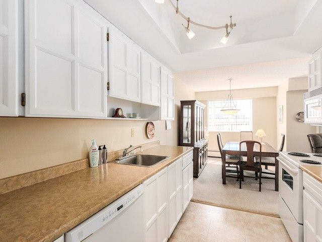 """Photo 7: Photos: 203 15010 ROPER Avenue: White Rock Condo for sale in """"Baycrest"""" (South Surrey White Rock)  : MLS®# F1417713"""