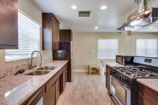Photo 4: POWAY House for sale : 3 bedrooms : 12502 Holland
