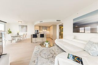 Photo 2: 2517 89 NELSON Street in Vancouver: Yaletown Condo for sale (Vancouver West)  : MLS®# R2576003